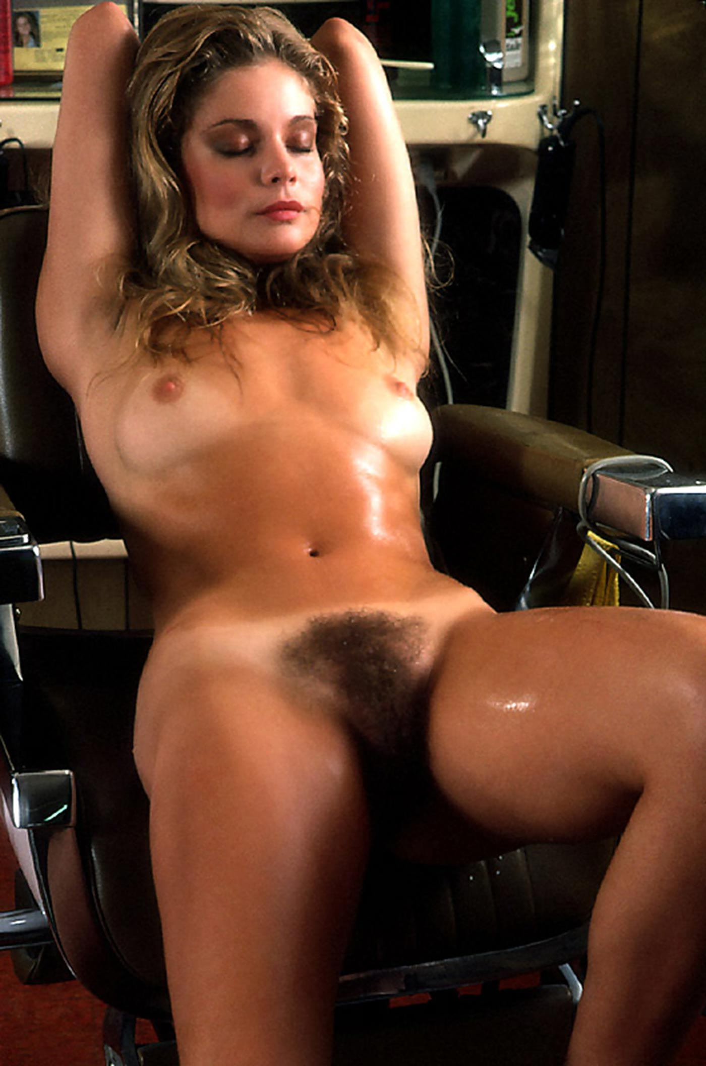 hot naked people doing missionary